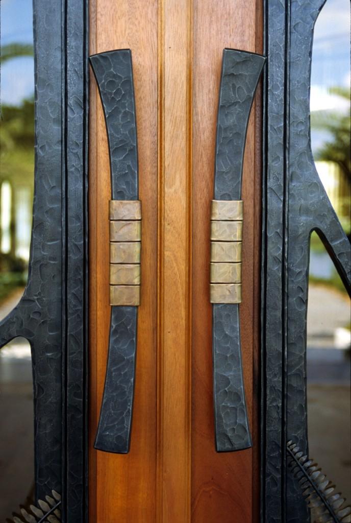 detail Boca Raton doors